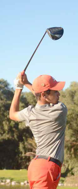 hugo-finish-4 Fade et draw deux effets pour maitriser les doglegs Technique de Golf